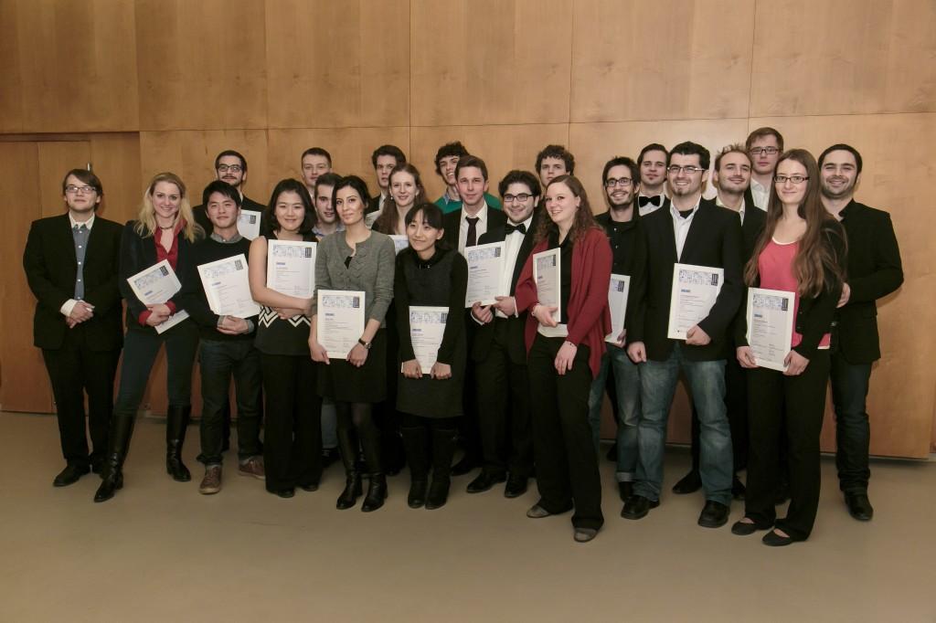 Foto der Preisträgerinnen und Preisträger des Jahres 2013